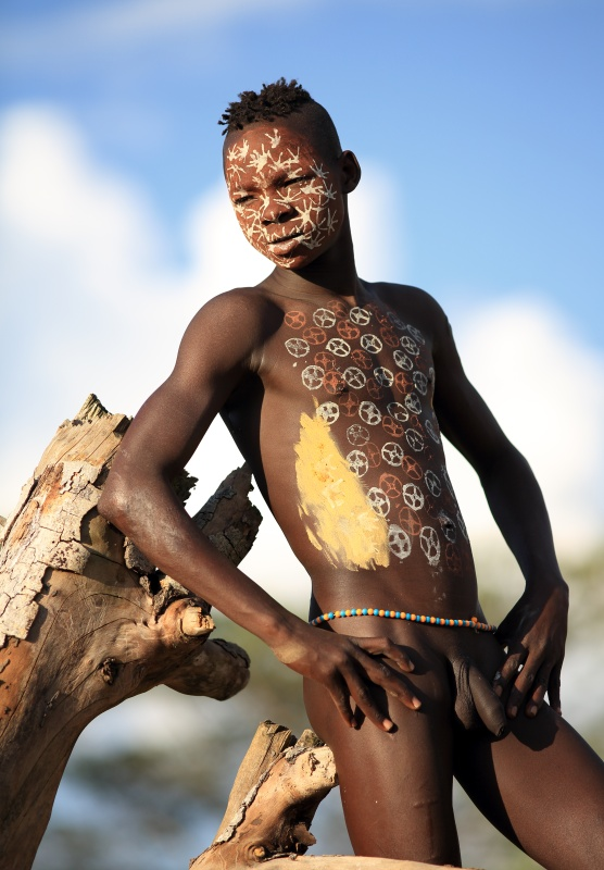 tribal african naked boy