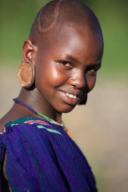 Ethiopian Tribes, Suri girl - Dietmar Temps, photography