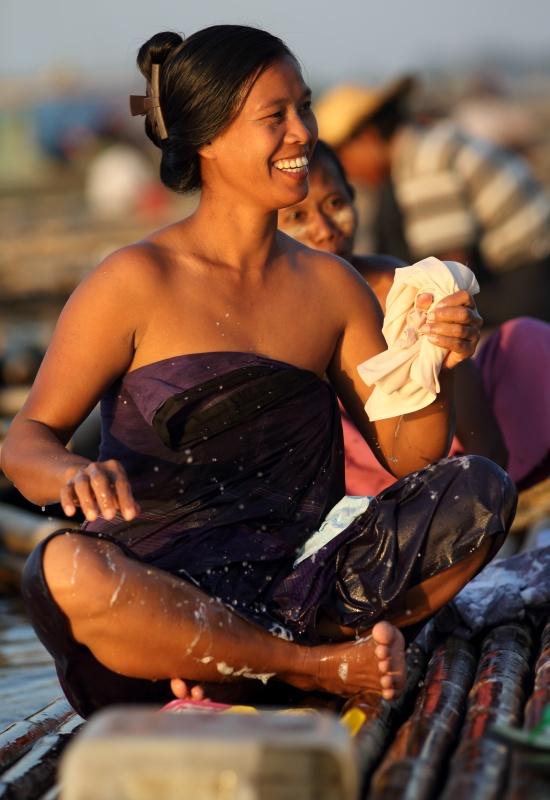 burmese-women-hot-girl-fat-man-sex